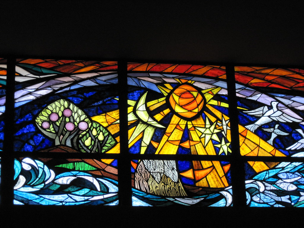 """Stained Glass - Isabel Piczek - """"Creation"""" land, sea, fish ..."""