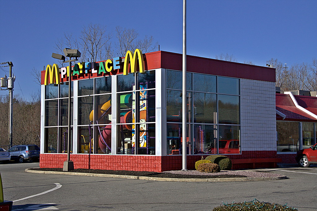 putnam play place this mcdonald 39 s is located in putnam co flickr. Black Bedroom Furniture Sets. Home Design Ideas