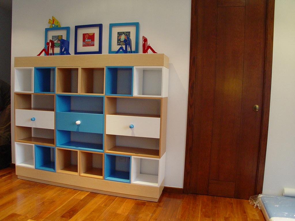 Dise o de muebles de ni os librero modular con cajones y for Diseno de muebles 3d