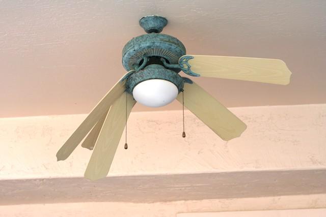 1 4 Sad Ceiling Fan