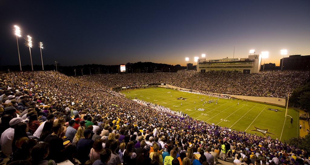 Vanderbilt Stadium Vanderbilt Football Go Dores