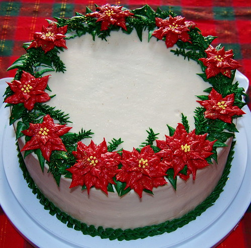 Christmas Cake Decoration Icing : Christmas Wreath Cake I made this cake for my husband s ...