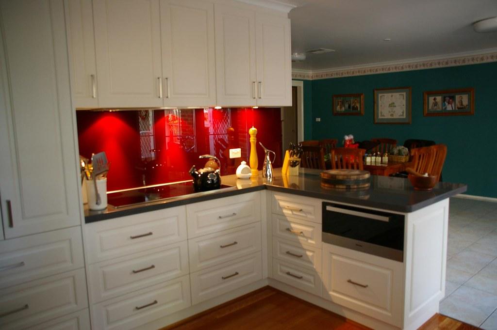 Red Kitchen Splashback Ideas