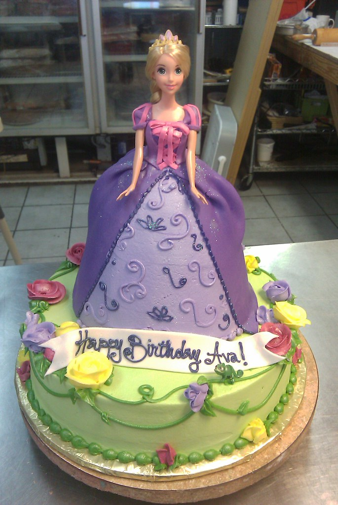 Rapunzel Doll Cake Rapunzel Doll Cake On A 12 Quot Round
