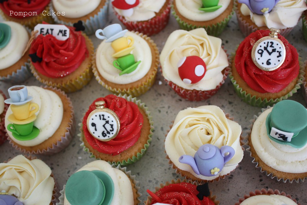 mad hatter cupcakes - photo #35