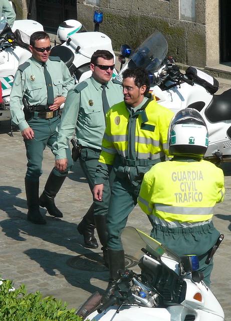 Guardia civil de tr fico gracias a antonio por - Guardia civil trafico zaragoza ...