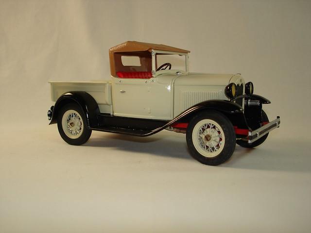 Hubley metal car kits 12