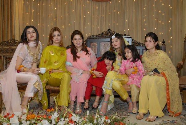 Pakistani Punjabi Women  Girls  Theperson12353  Flickr-1705