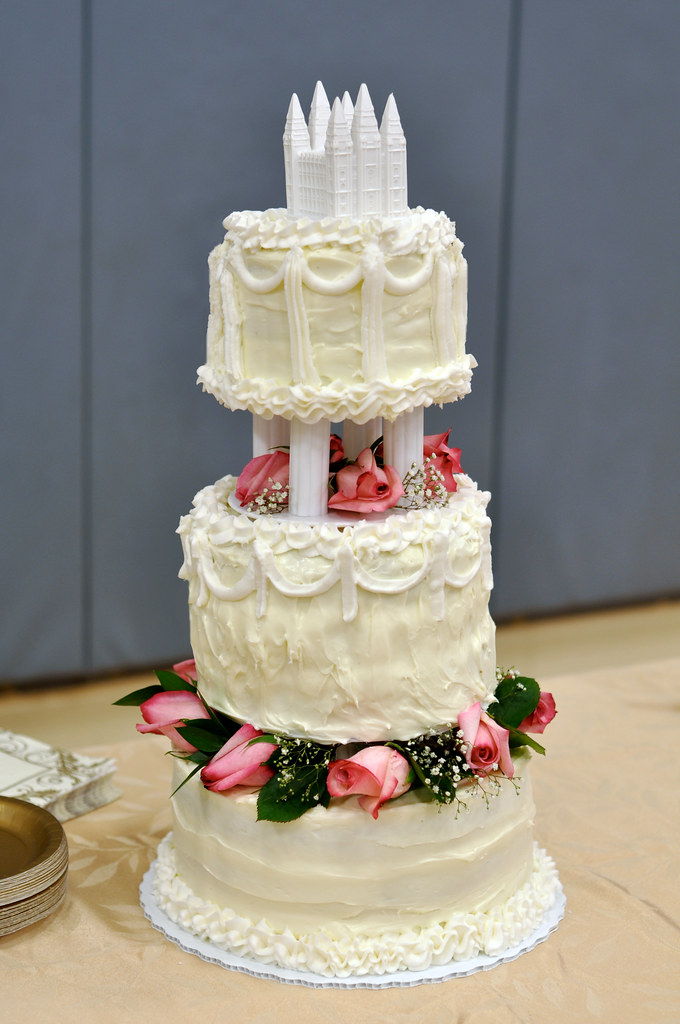 wedding cake cream frosting spice cake cheese frosting wedding cake 50th 22283