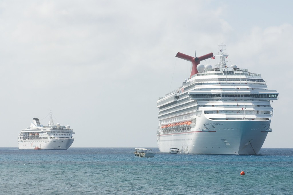 Cruise Ship Cayman Islands