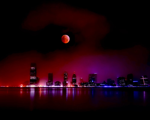 Jersey City, New Jersey and the 2010 Lunar Eclipse | by mudpig