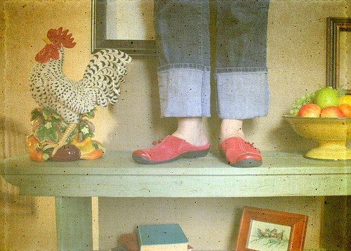 Red Shoes Bench Monday | by Bunches and Bits {Karina}