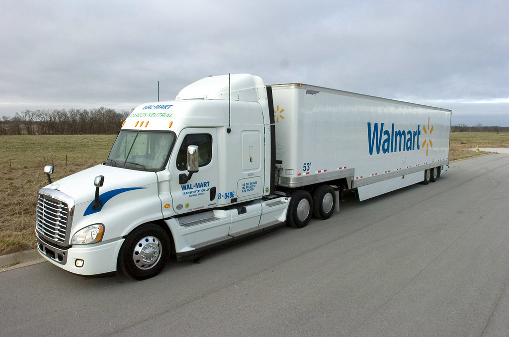walmart s grease fuel truck fifteen trucks operating in bu flickr. Black Bedroom Furniture Sets. Home Design Ideas