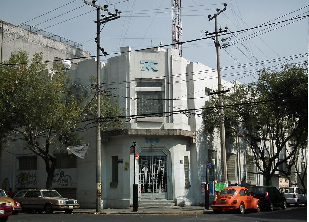 Edificio art dec de unas oficinas de tel fonos de m xico for Telefonos de oficinas