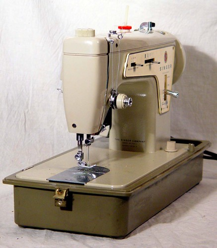 Singer Model 362 Fashion Mate ZigZag Sewing Machine. Fully Restored | by SurrendrDorothy
