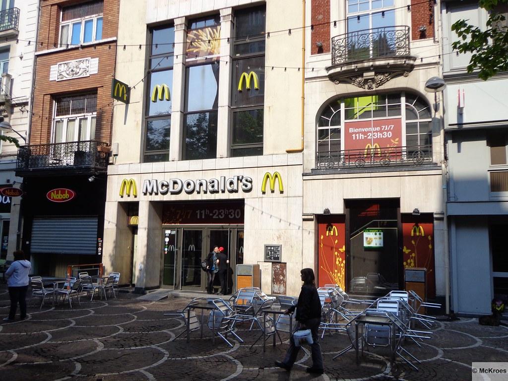 Mcdonald 39 s lille 10 12 place de b thune france for Lille 2 webmail