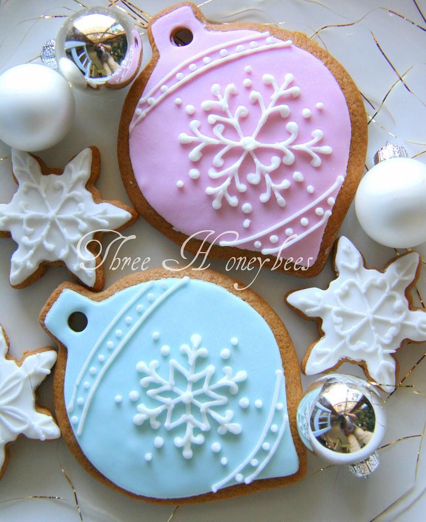 Snowflake Ornament Cookies
