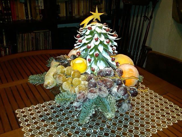 Albero di natale di ananas e frutta brinata flickr for Albero di ananas