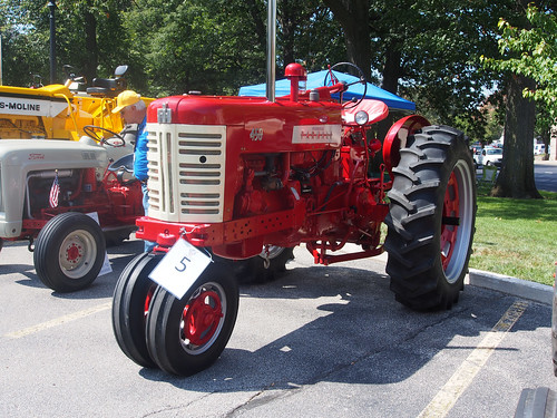 1958 International Tractor : International mccormick farmall model row crop tr