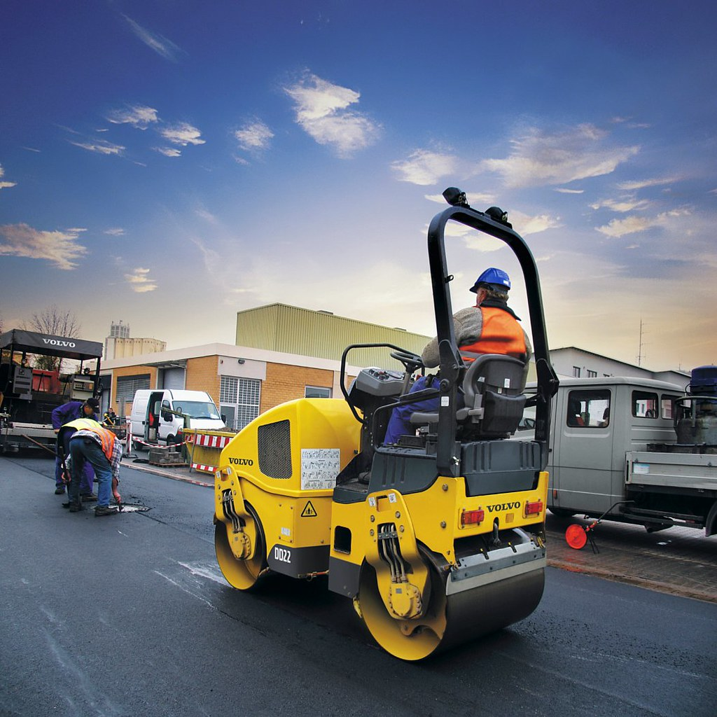 Small asphalt rollers need to be versatile, productive ... |Small Asphalt Rollers