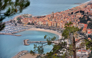 In situ - Menton (Alpes-Maritimes) | by Charlottess