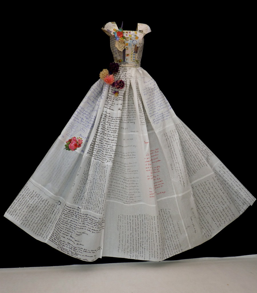 Robe En Papier Fashion Art