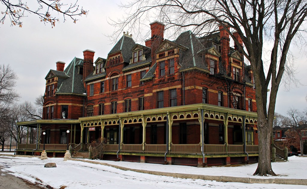 Florence Hotel Pullman Park Chicago 11113 S Cottage