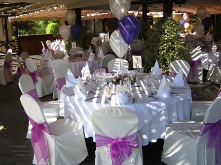 Boda al aire libre mesa decorada para la boda hotel - Mesas de boda decoradas ...