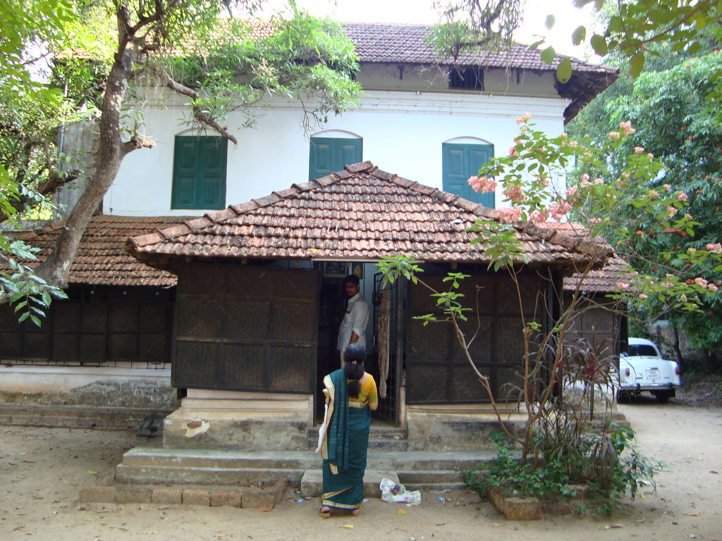 A typical kerala house | this is a house in guruvayoor | Flickr