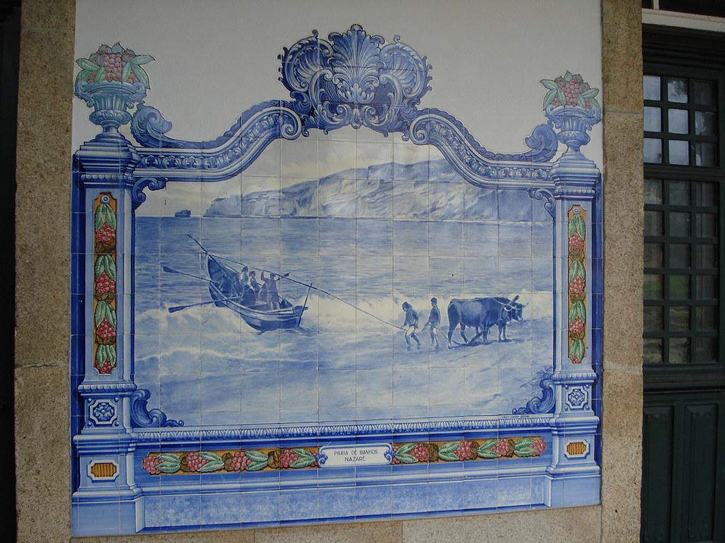 Painel de azulejos praia de banhos nazar marv o beir for Casa de azulejos cordoba