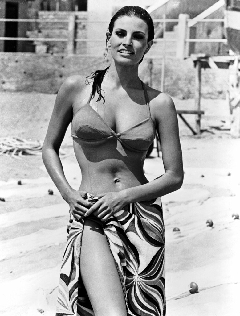 raquel welch 44 raquel welch during the filming of