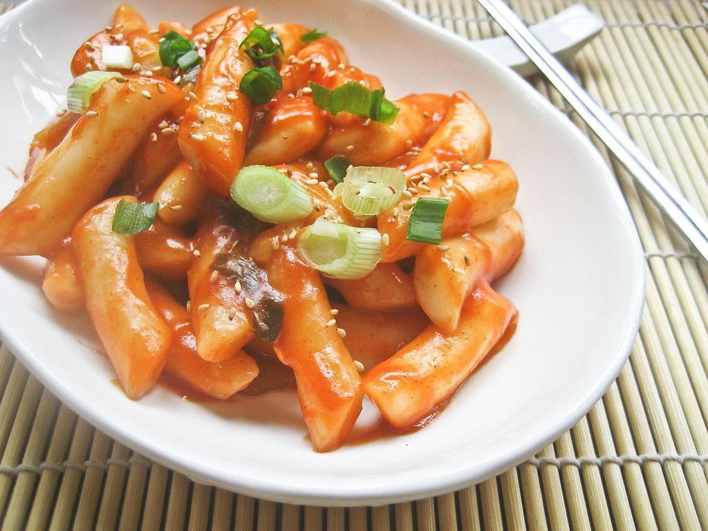 Rice Cake Recipe Korean Spicy: Ddukbokki (Korean Spicy Rice Cakes) 떡볶이