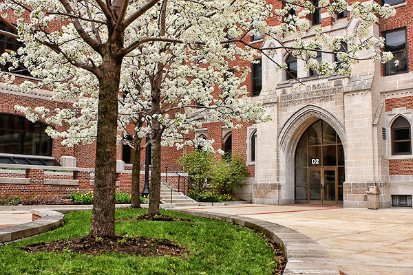 Moody Bible Institute - Chicago campus - Crowell Hall | Flickr