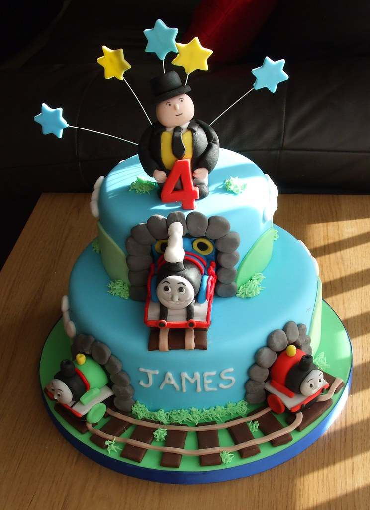 Thomas the Tank Engine Cake - a photo on Flickriver