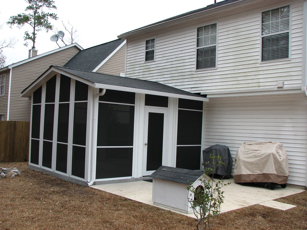 Manufactured screen porch in summerville sc archadeck for Prefab screened porches