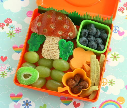 St. Patrick's Day Magic Mushroom bento | by anotherlunch.com