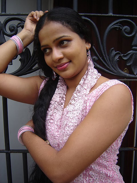 Umayangana Wickramasinghe Hot  Srilankaactressmodel -6529