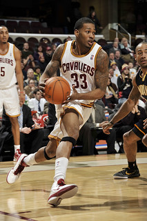 Alonzo Drives | by Cavs History