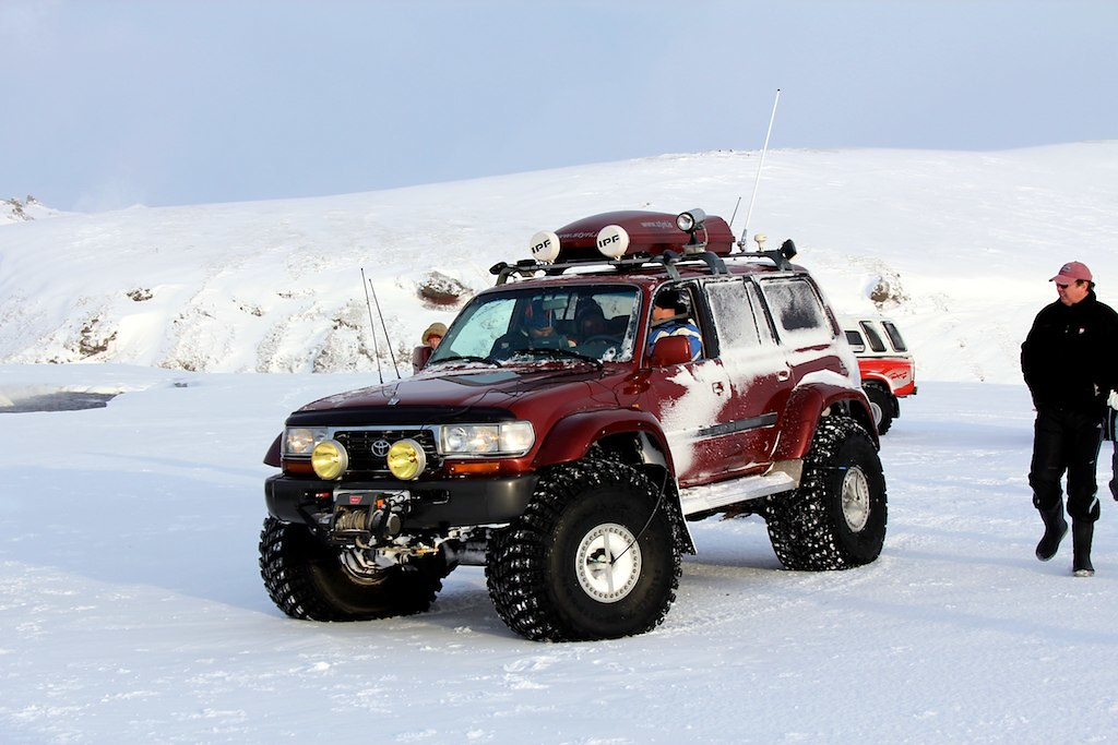 Toyota Fj Cruzer >> Toyota Land Cruiser, Iceland | Crossing a river located near… | Flickr