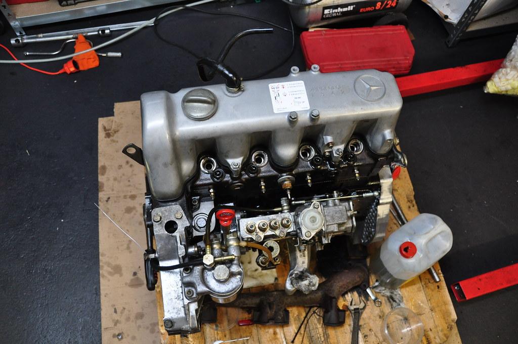 P 0900c1528005439d in addition New Alternator For Toyota Hilux 2l Engine 2 4l Diesel in addition 5a7zg 1995 Ford E 150 Van Engine Will Not Turn Over Replaced Solenoid also 253983 Jak Samodzielnie Naprawic Alternator Wymiana Szczotek furthermore Diagram. on starter and alternator rebuilding