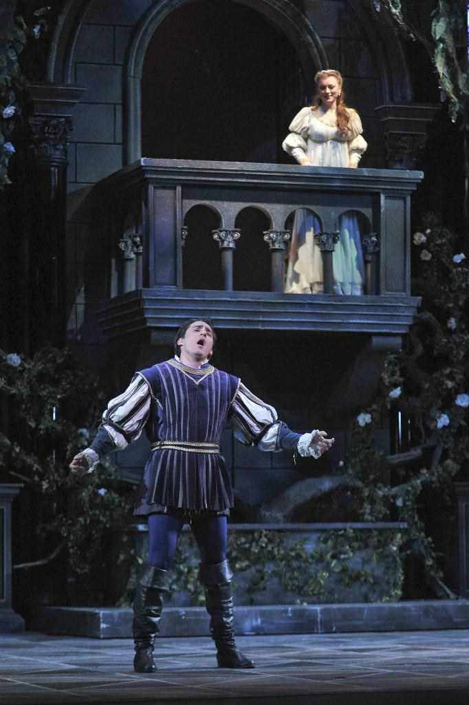 Balcony scene romeo and juliet balcony ideas & designs.