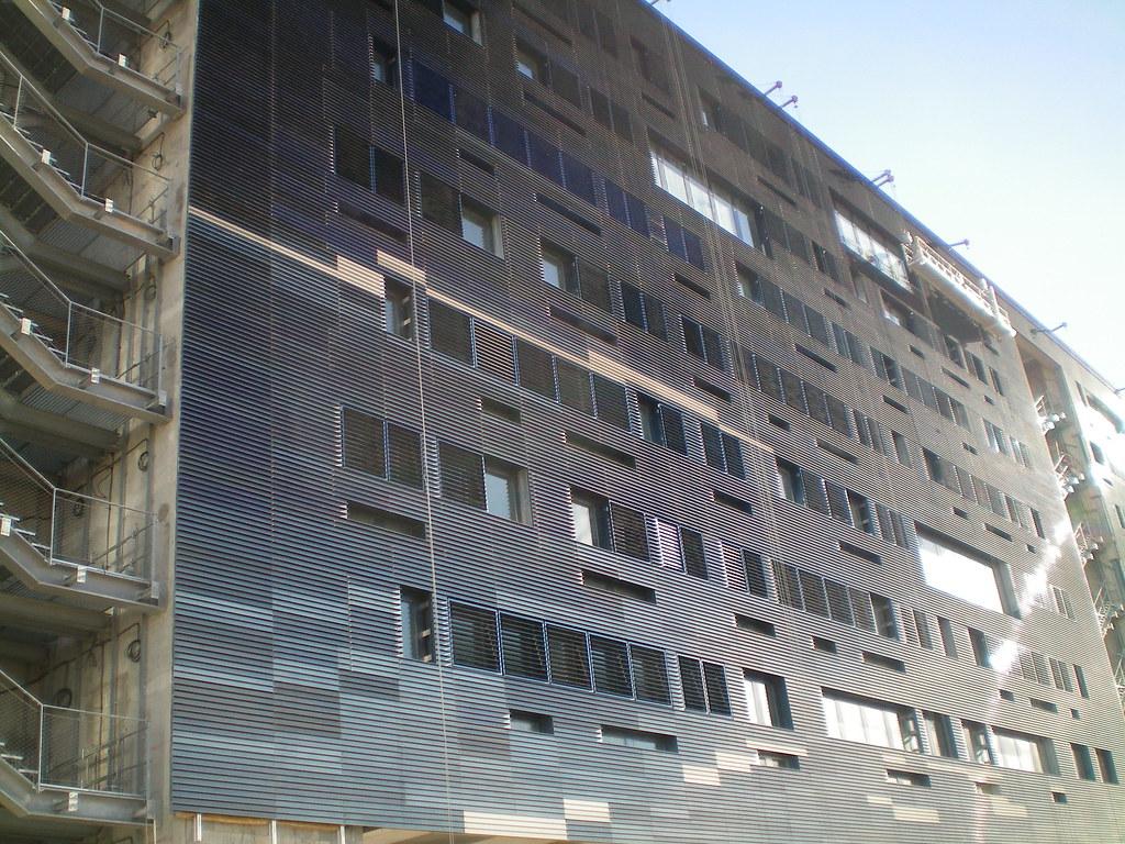 Hotel de ville montpellier colt installed a solar for Hotel piscine montpellier