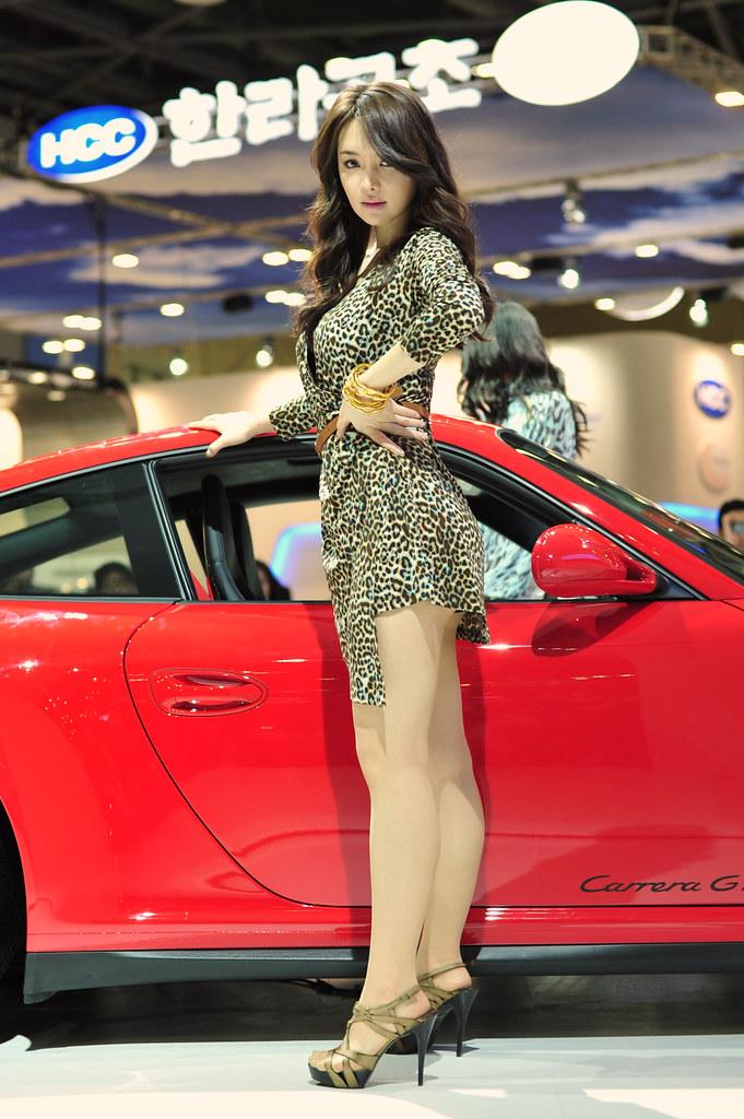 Korea Auto Show M Car Skin Girl