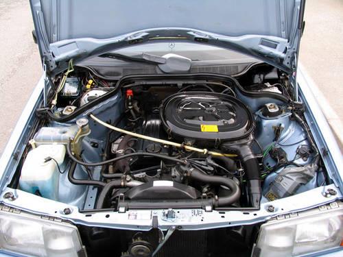 1987 Mercedes 190e 2 0 Engine Carandclassic Co Uk Flickr