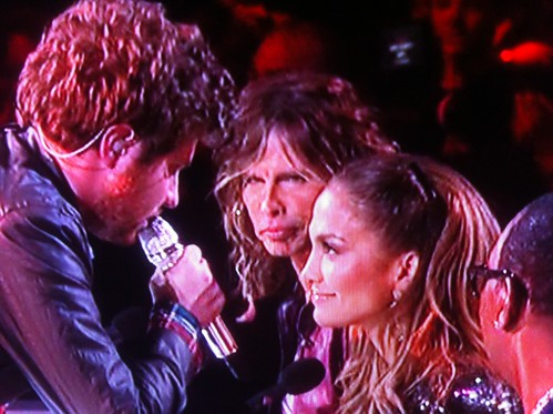Casey and J Lo Sitting in a Tree: KISSING! | by stevegarfield
