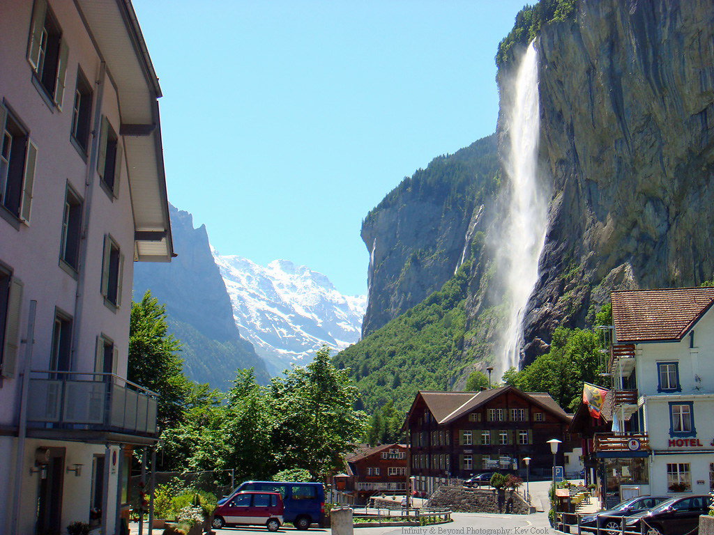 Staubbach Falls Lauterbrunnen Switzerland Idyllic