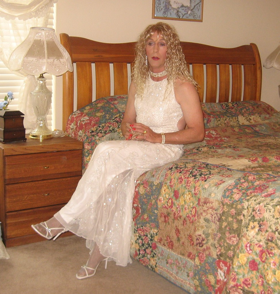 White  Sitting On Bed In White Formal  Janet Frederick -5306