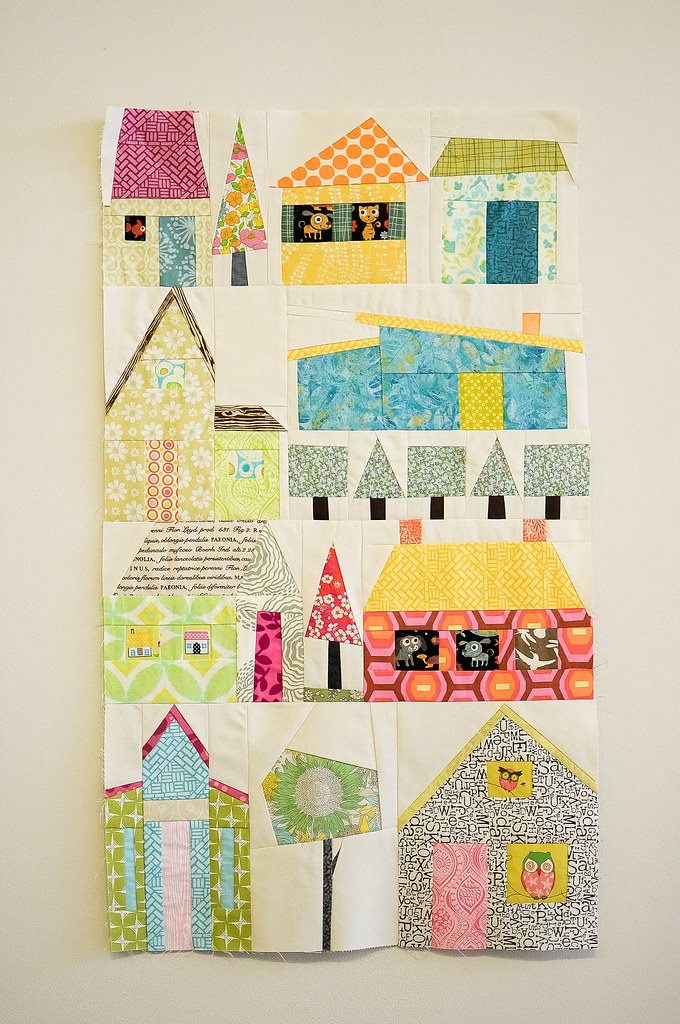 Free Quilt Patterns Of Houses : Suzanne s Houses Machine Paper Foundation Piecing : Houses? Flickr