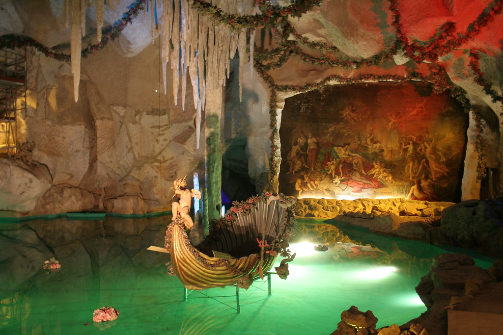 Venus Grotto in Linder...