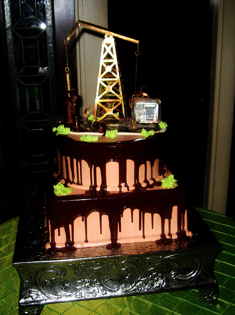 Oil Rig Groom S Cake The Woodlands Resort Has One Of The